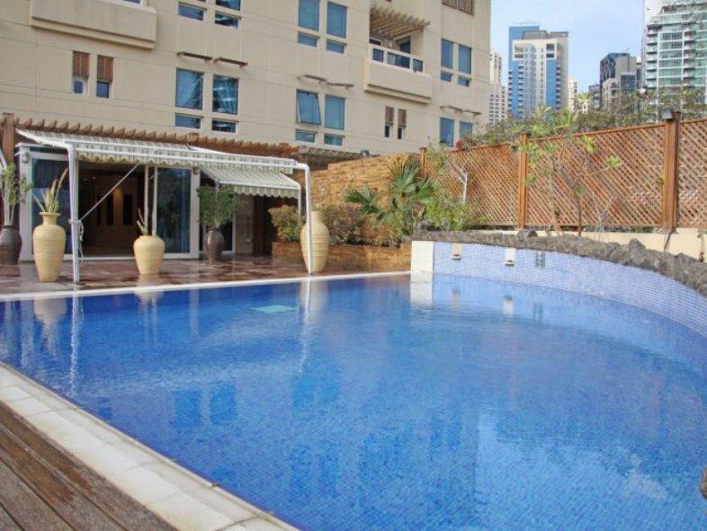 Unavailable Attached townhouse in La Riviera, Dubai Marina