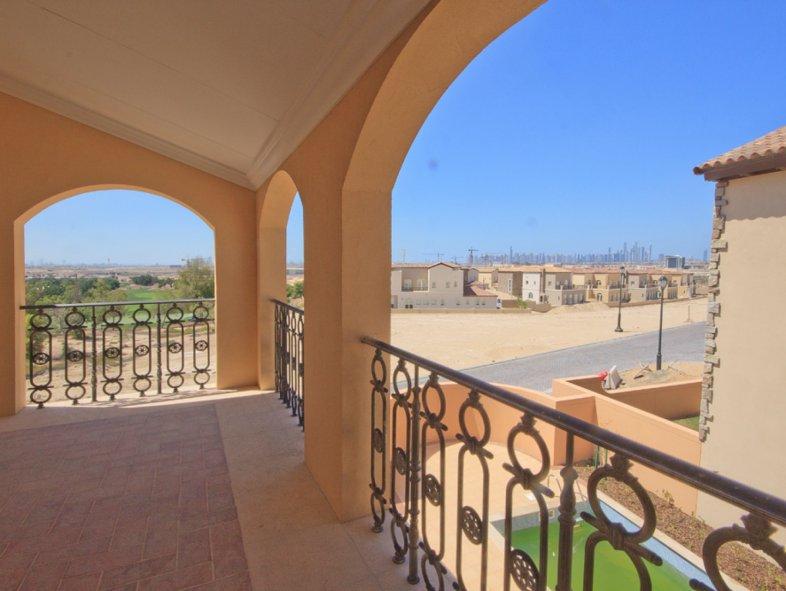 Firestone Villa with beautiful golf course views in JGE