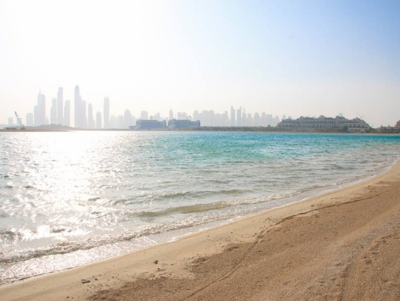 Modern Style Villa for sale in Palm Jumeirah, Dubai