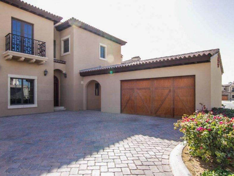 Unavailable Villa in Whispering Pines, Jumeirah Golf Estates