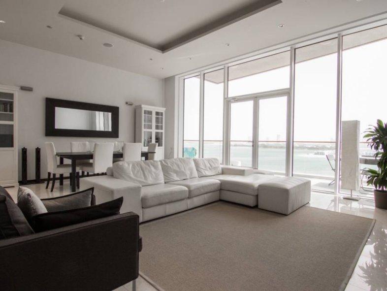 Unavailable Apartment in Tiara Residences, Palm Jumeirah