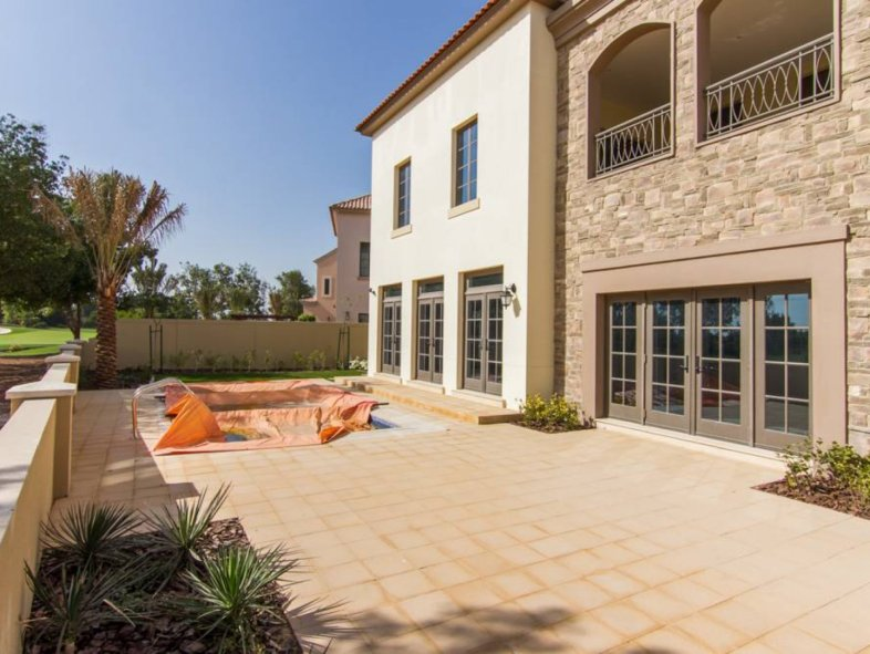 Unavailable Villa in Flame Tree Ridge, Jumeirah Golf Estates