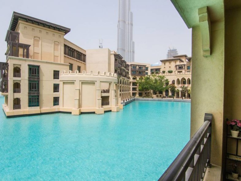 Unavailable Attached townhouse in Old Town, Downtown Dubai