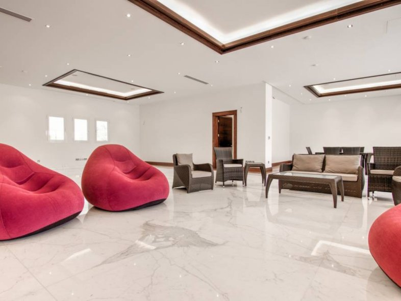 Beautiful 6 Bed Quality Villa for sale in Emirates Hills