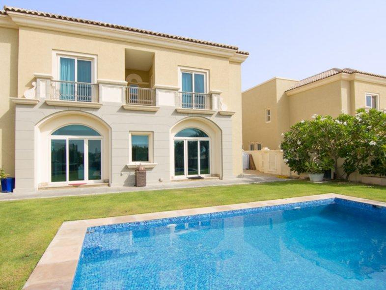 Unavailable Villa in Esmeralda, Victory Heights