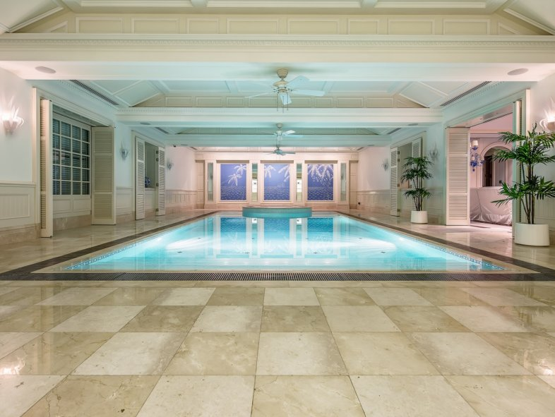 Exquisitely styled Stately Home villa in Emirates Hills