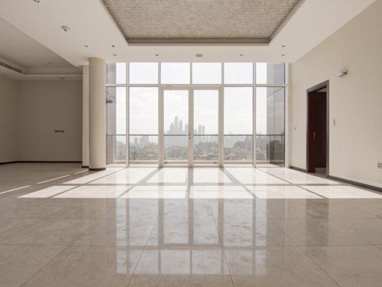 Unavailable Penthouse in Tiara Residences, Palm Jumeirah
