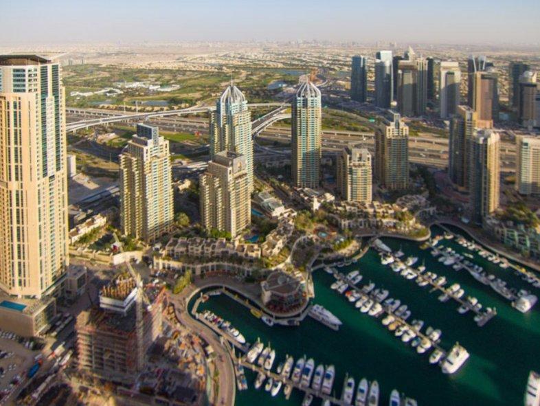 Unavailable Apartment in Cayan Tower, Dubai Marina