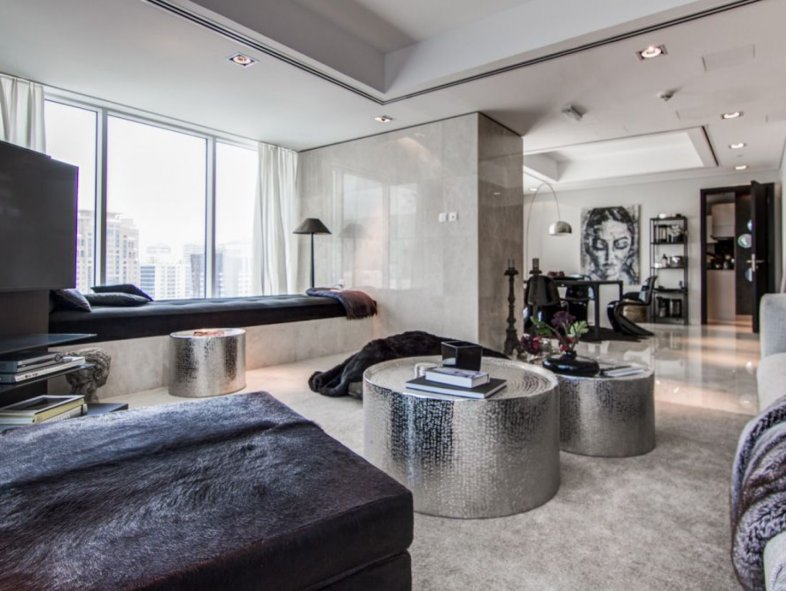 Penthouse with private pool in Moevenpick Residences