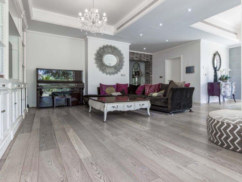 Elegantly Upgraded Alvorada Villa In Arabian Ranches