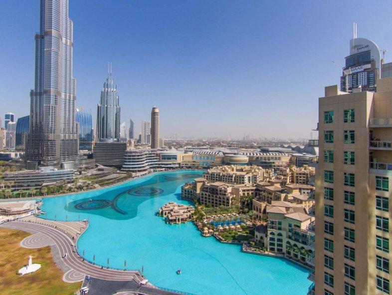 Full fountain view 3 BR Apartment in Downtown Dubai