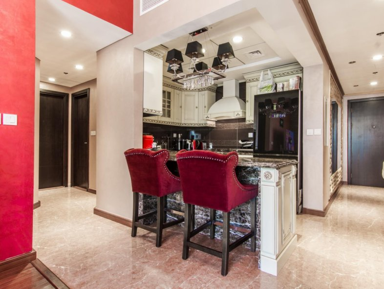 Opulent apartment with great views in Dubai Marina