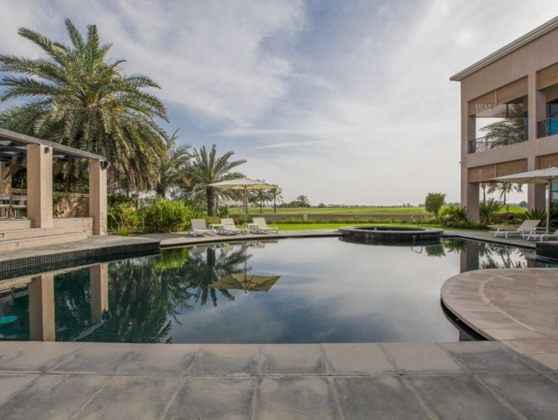 Sensibly priced villa with golf course views in EH
