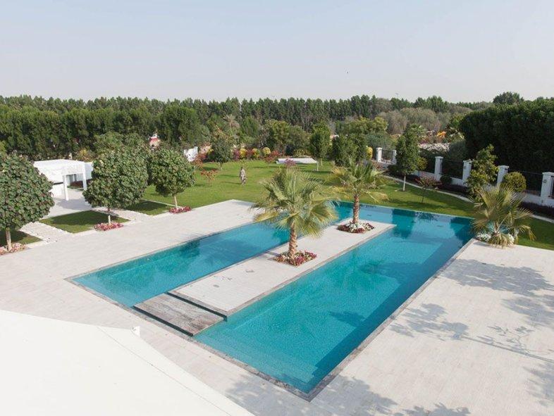 Unique 7 Bedroom Acacia 45,000 sq ft  plot infinity Pool