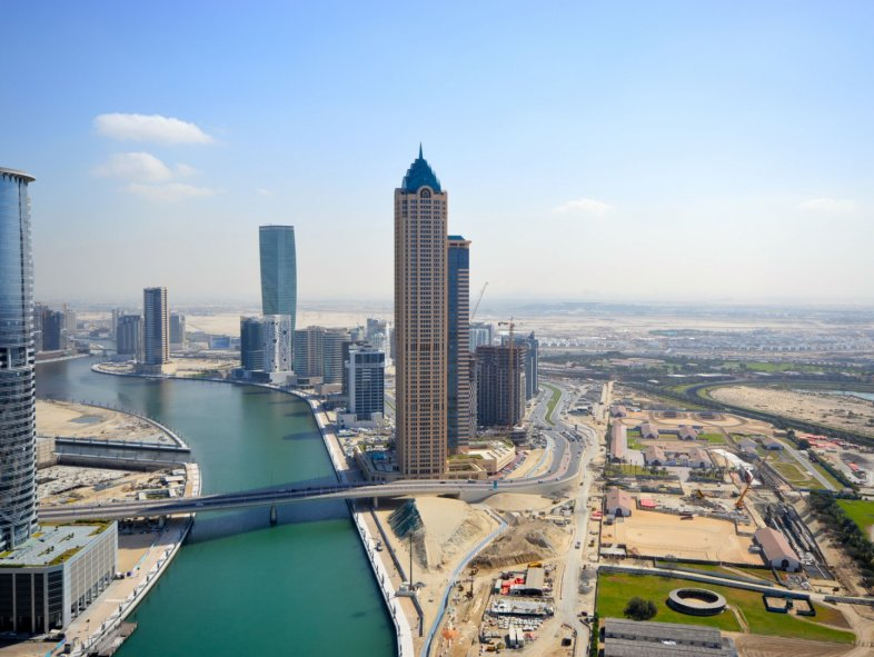 2 bedroom apartment with canal view (Center of Dubai)