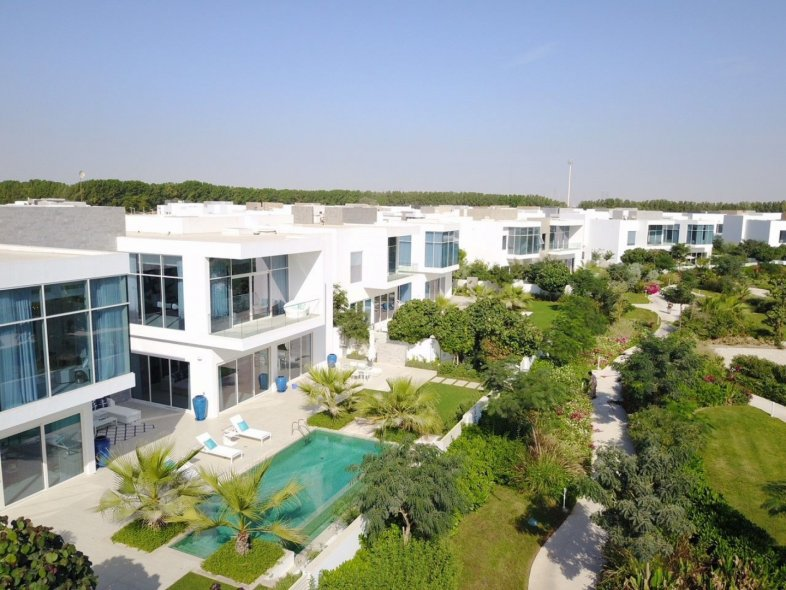 Beautiful 4 Bedroom Luxury Nest Villas at Handover