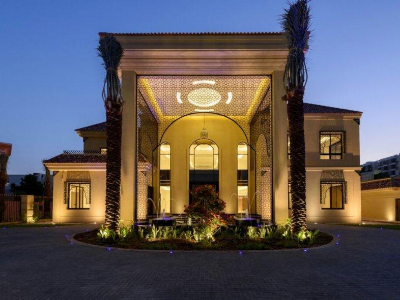 Magnificent Brand New 7 Bedroom Villa in Al Barsha 3