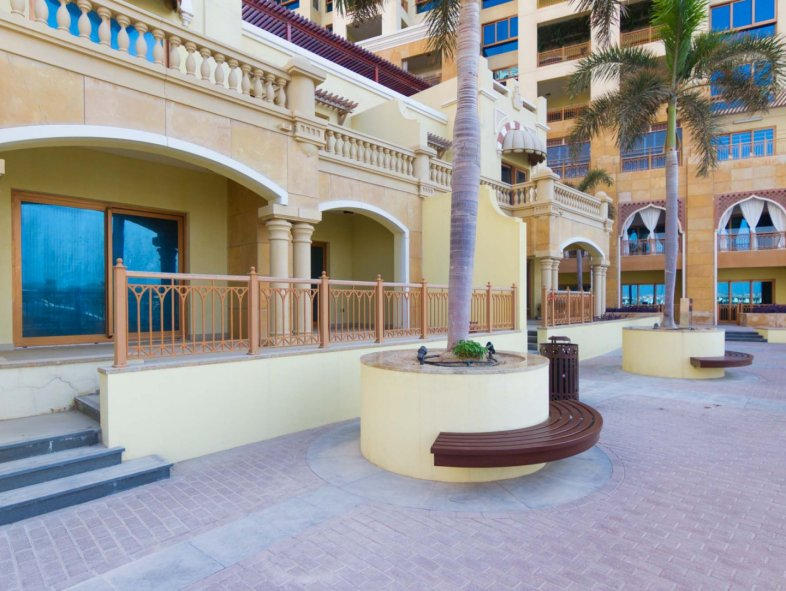 Unavailable Attached townhouse in Marina Residences, Palm Jumeirah