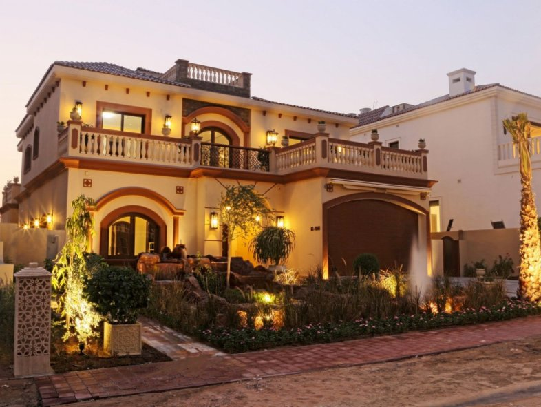 Unique high-end finish 5 bedroom villa in Wildflower