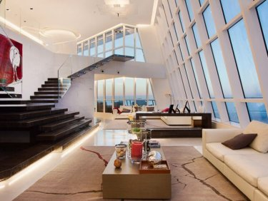 Extraordinary triplex penthouse in Dubai Marina