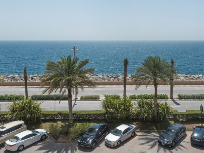 4 Bedroom Penthouse with Full Sea Views on Palm Jumeirah