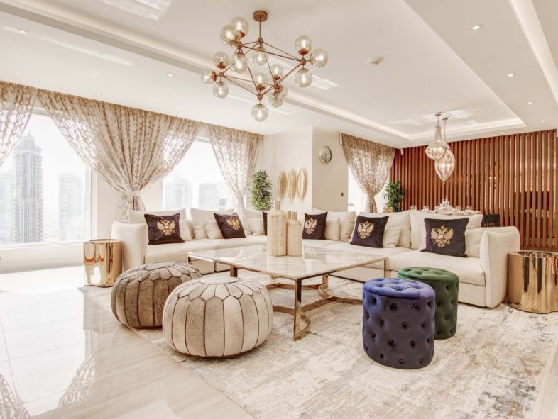 High quality finishes at this upgraded 4BR in Murjan JBR