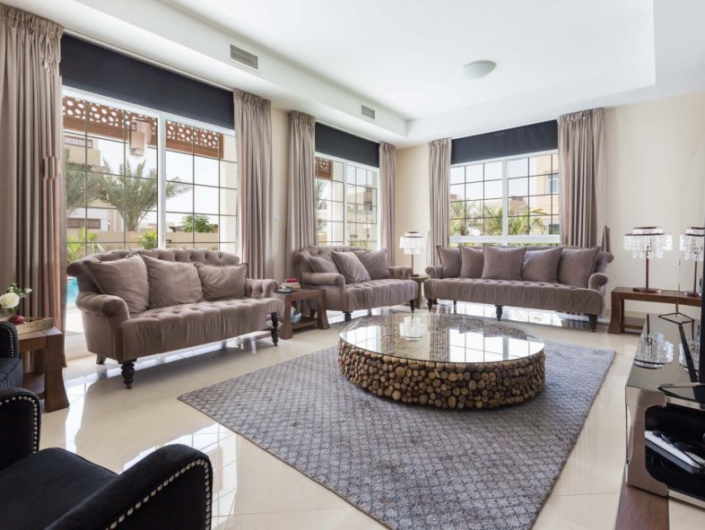 Unavailable Villa in Mudon, Dubai Land
