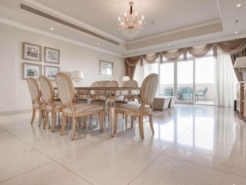Unavailable Apartment in The Crescent, Palm Jumeirah
