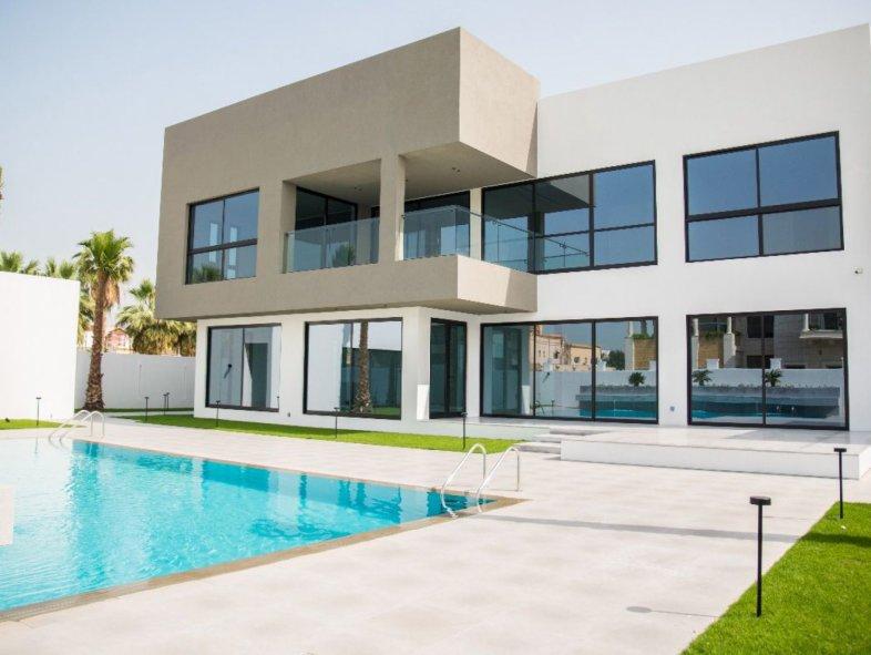 Brand new exceptional contemporary villa in Al Manara
