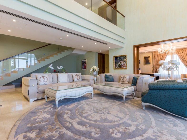 Unavailable Penthouse in Marina Residences, Palm Jumeirah