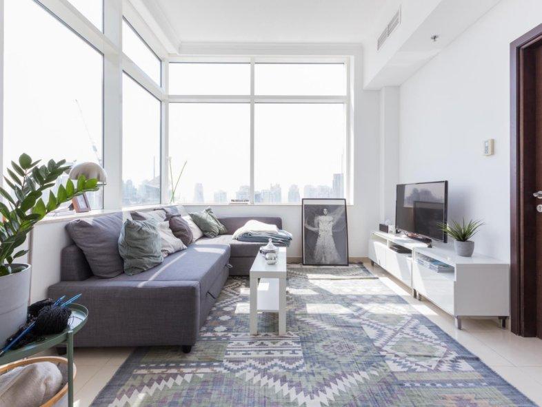 Marina view Botanica apartment for investor - tenanted