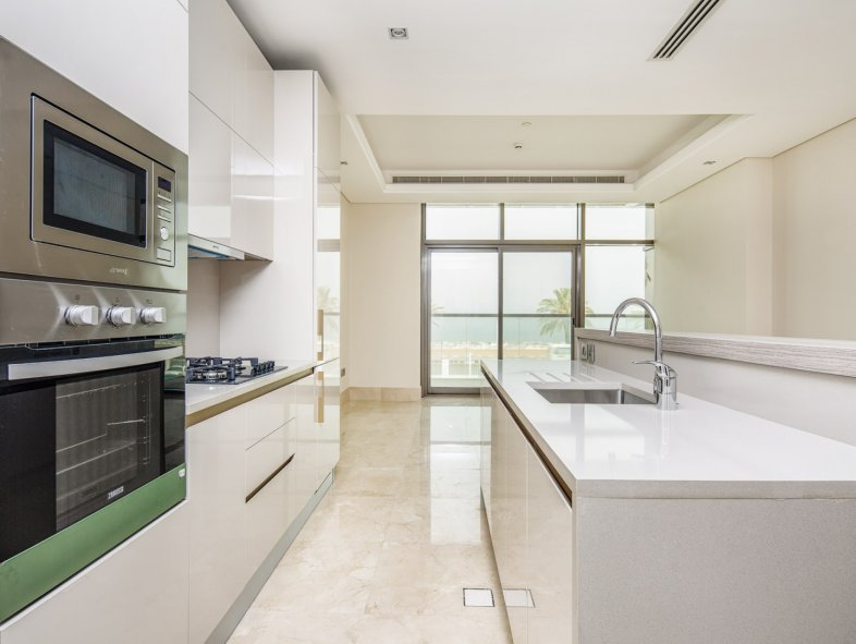High Floor Sea View 2-bed - Resort style living on Palm