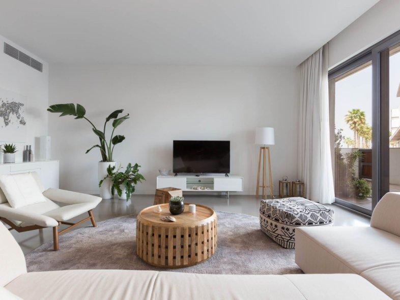 Unavailable Apartment in Pearl Jumeira, Jumeirah