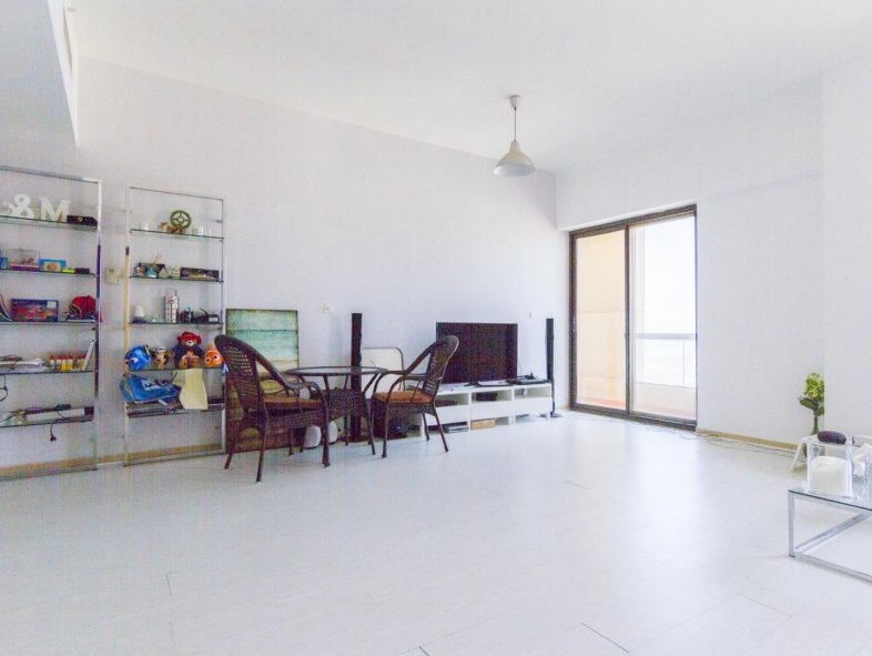 Vacant 1 bedroom Apartment with Palm views in JBR