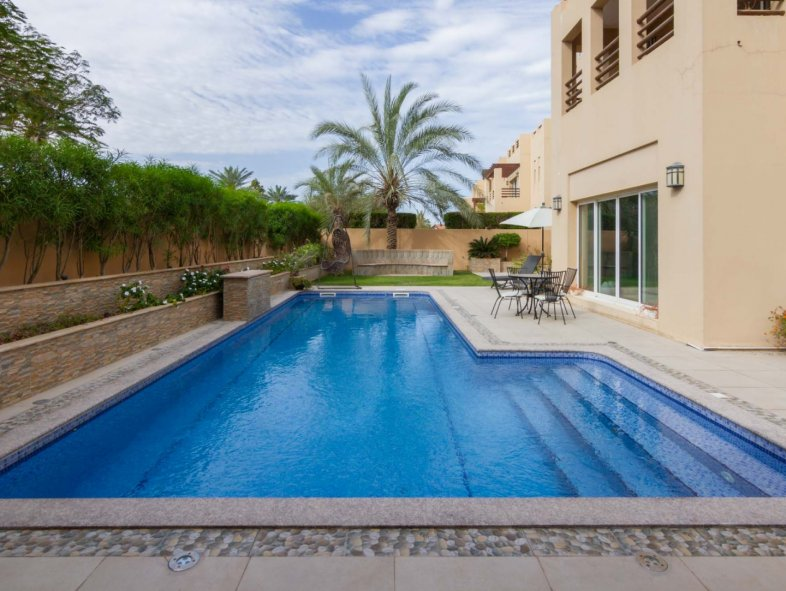 Immaculate 6 bedroom villa in Arabian Ranches