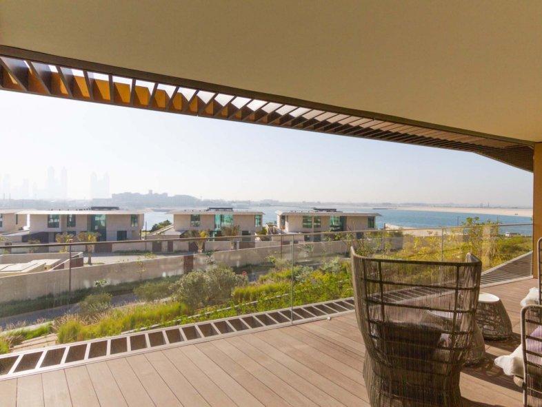 Unavailable Apartment in Jumeira Bay, Jumeirah