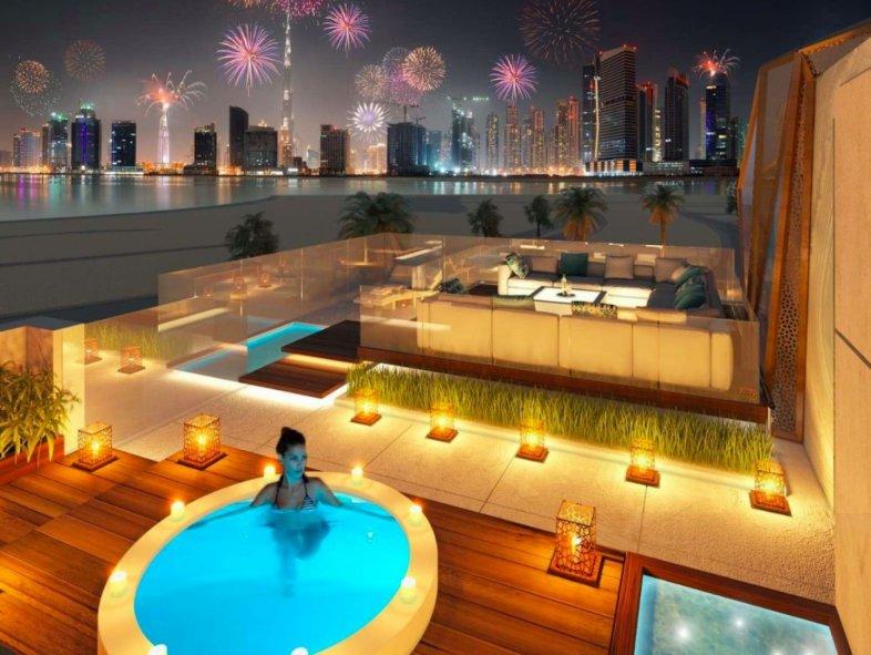 8 Bed entertainment Villa in Pearl Jumeirah