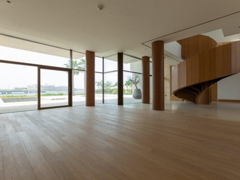 Rare Front Row 6 Bed Mansion Villa in Bulgari Residences