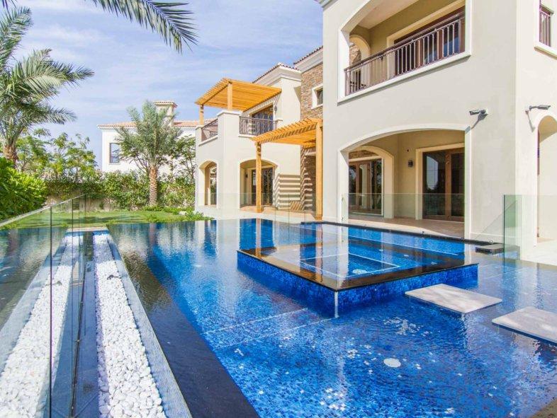 Unavailable Villa in Lime Tree Valley, Jumeirah Golf Estates