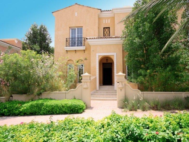 Elegant 5 bedroom detached Spanish style villa