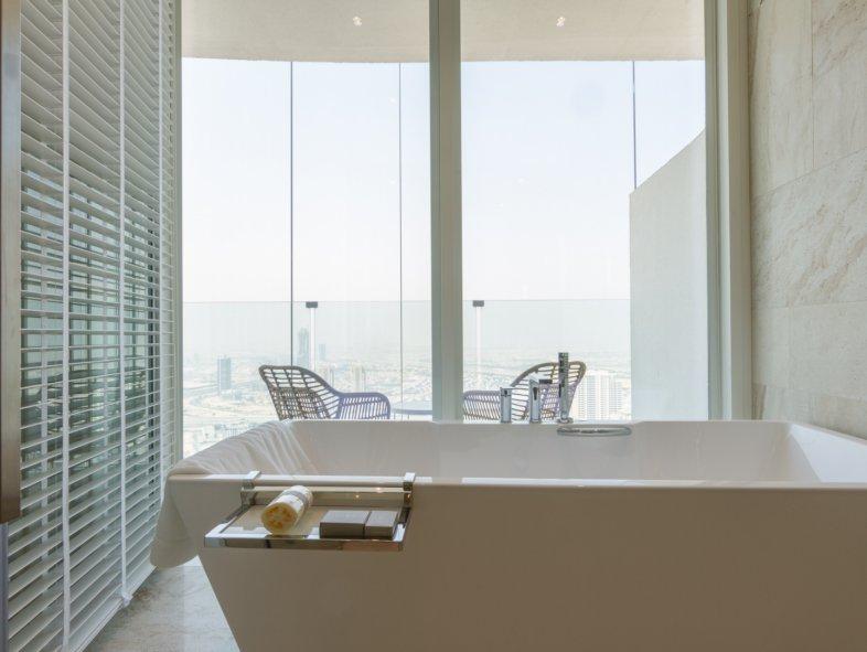 Amazing FIVE Hotel Room Jumeirah Village Circle