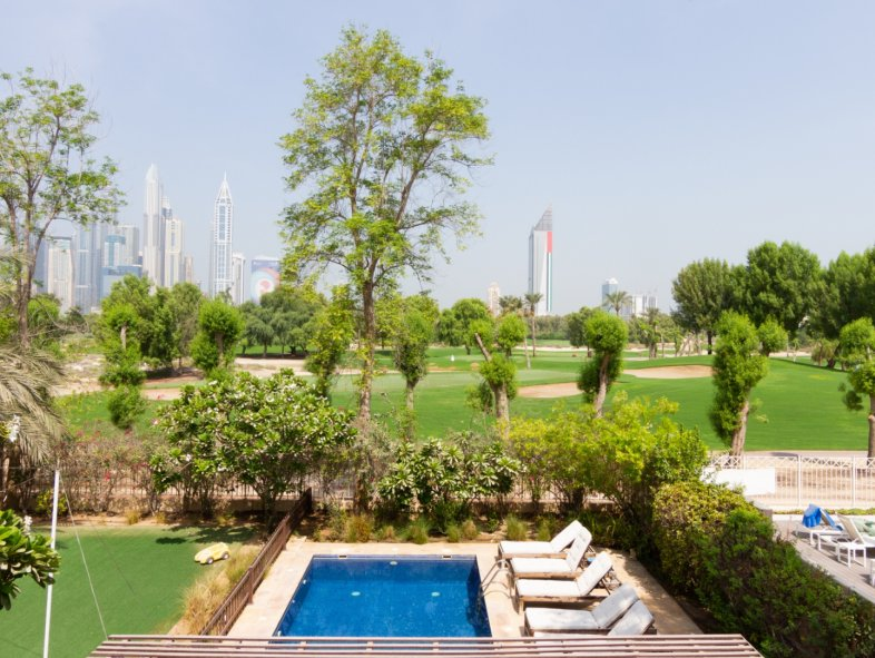 Villa available for sale in Hattan, The Lakes