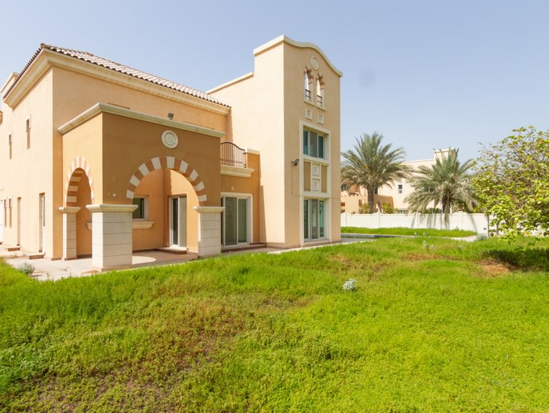 Villa available for sale in Novelia, Victory Heights