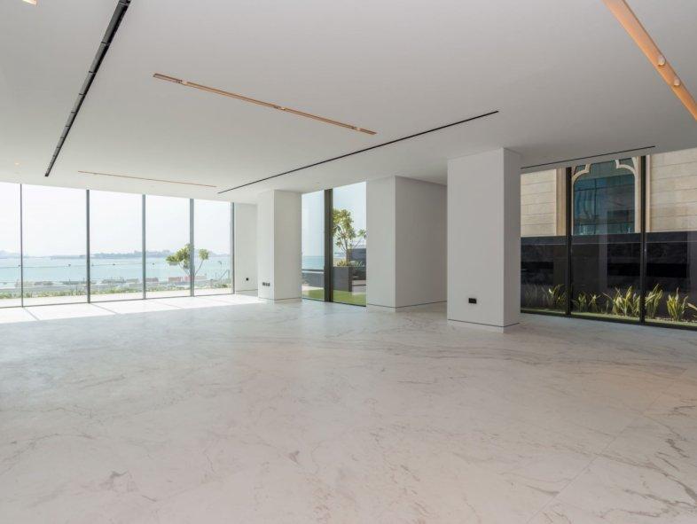 Unavailable Semi-detached townhouse in Palme Couture, Palm Jumeirah