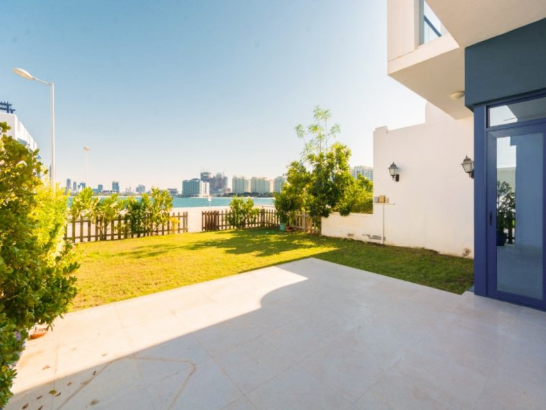 Unavailable Semi-detached townhouse in Palma Residences, Palm Jumeirah