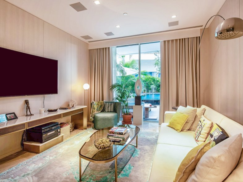 Unavailable Serviced apartment in Five Palm Jumeirah (Viceroy), Palm Jumeirah