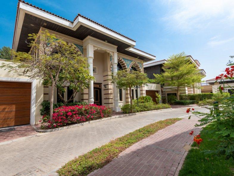 Villa available for sale in Jumeirah Zabeel Saray, Palm Jumeirah