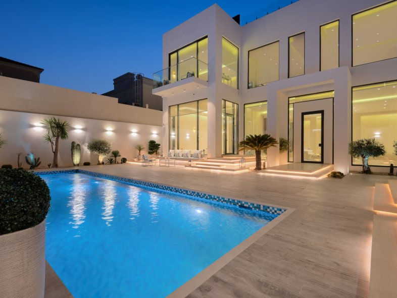 Villa available for sale in Umm Suqeim, Jumeirah