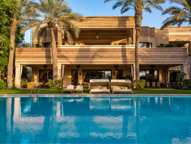 Villa available for sale in HT Sector, Emirates Hills