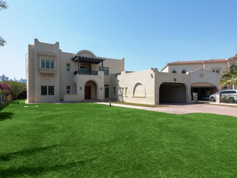 Unavailable Villa in Oasis Clusters, Jumeirah Islands